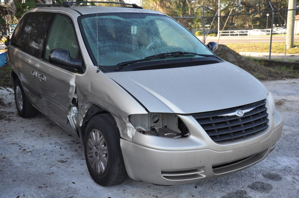 2005 Chrysler Town n Country