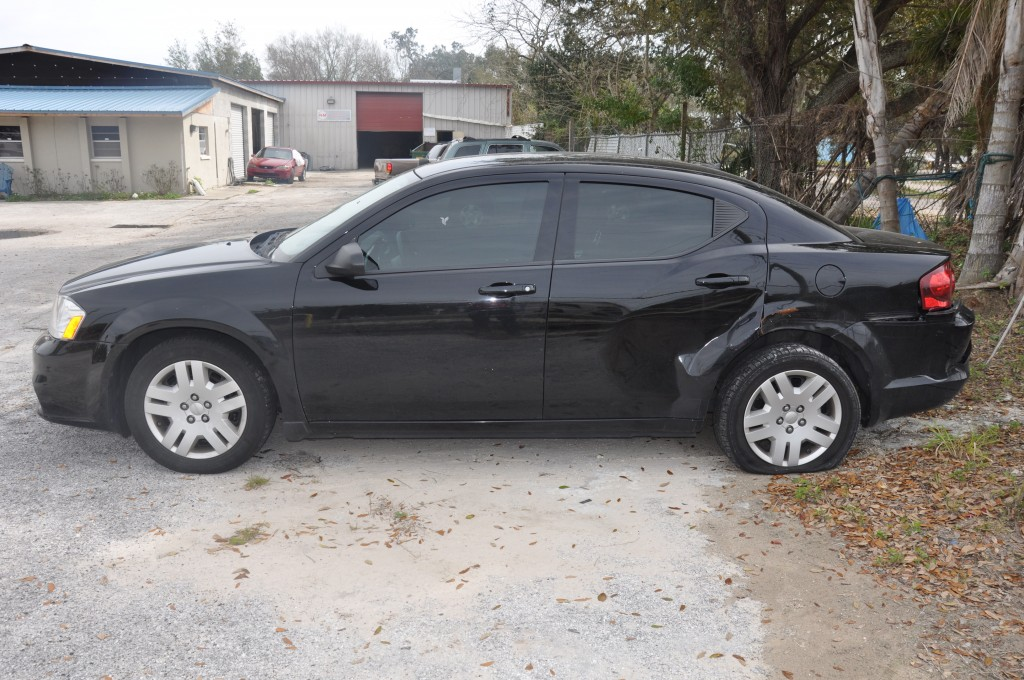 Dodge Avenger Left Rear and Wheels