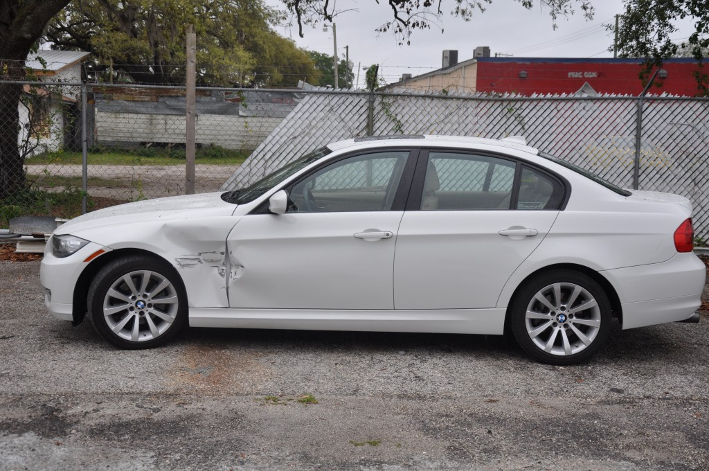 2011 BMW 328i left side damage