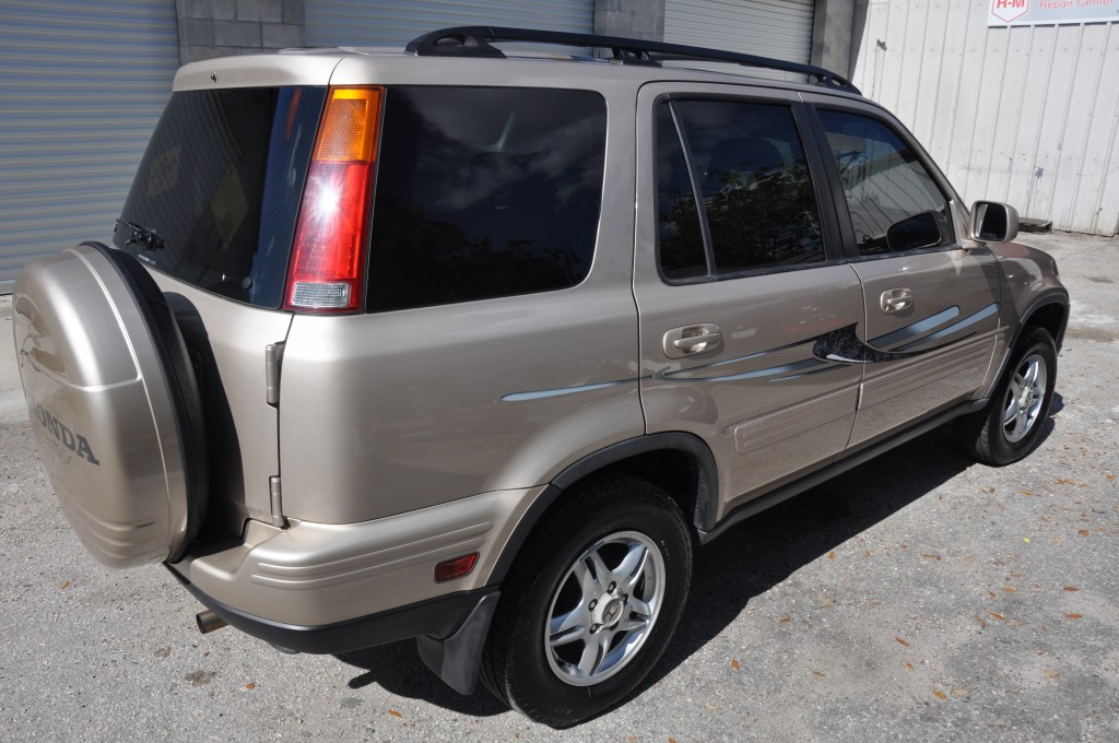 2001 Honda Crv right rear view