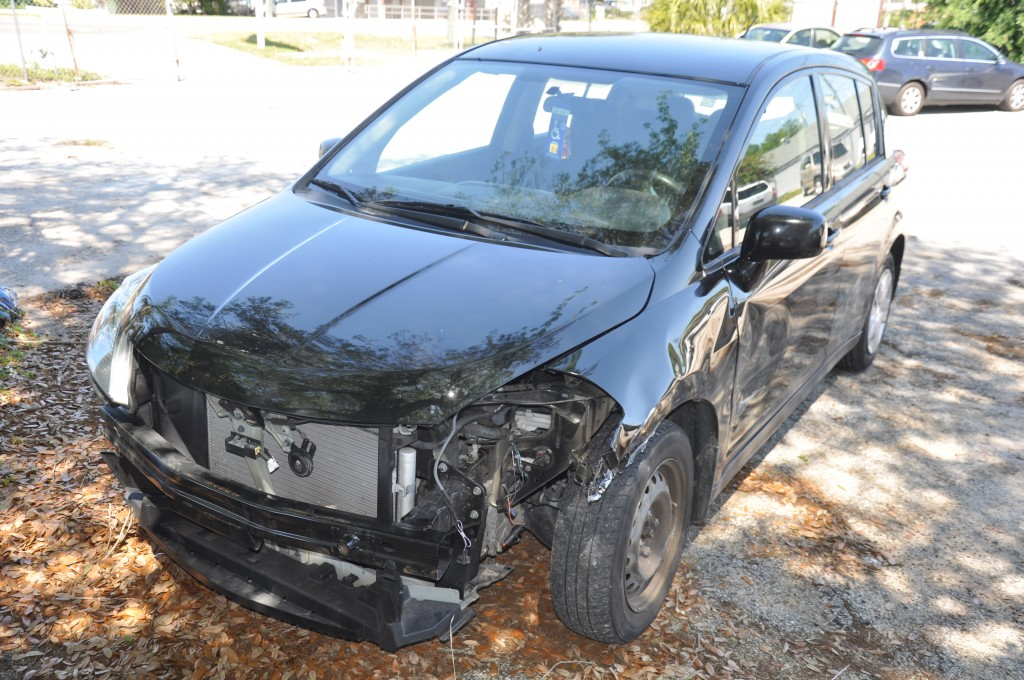 2010 Nissan Versa hit in left front