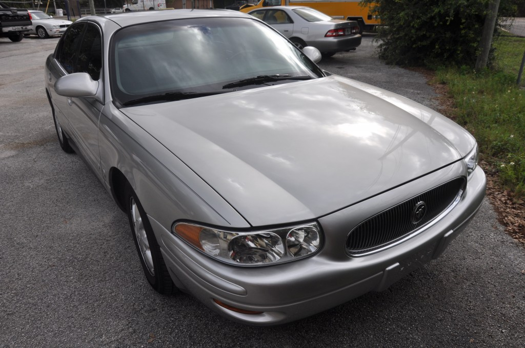 2004 Buick LeSabre roof