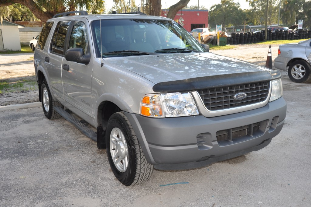 2002 Ford Explorer after front auto body repairs