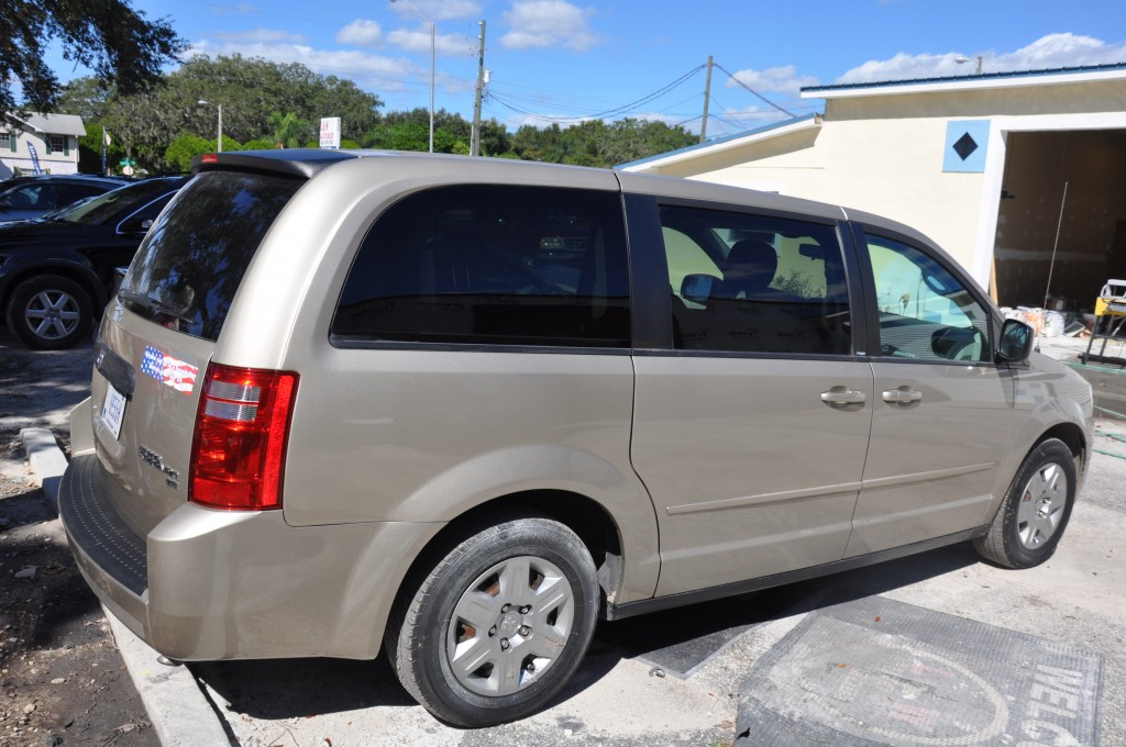2009 Dodge Caravan side repair