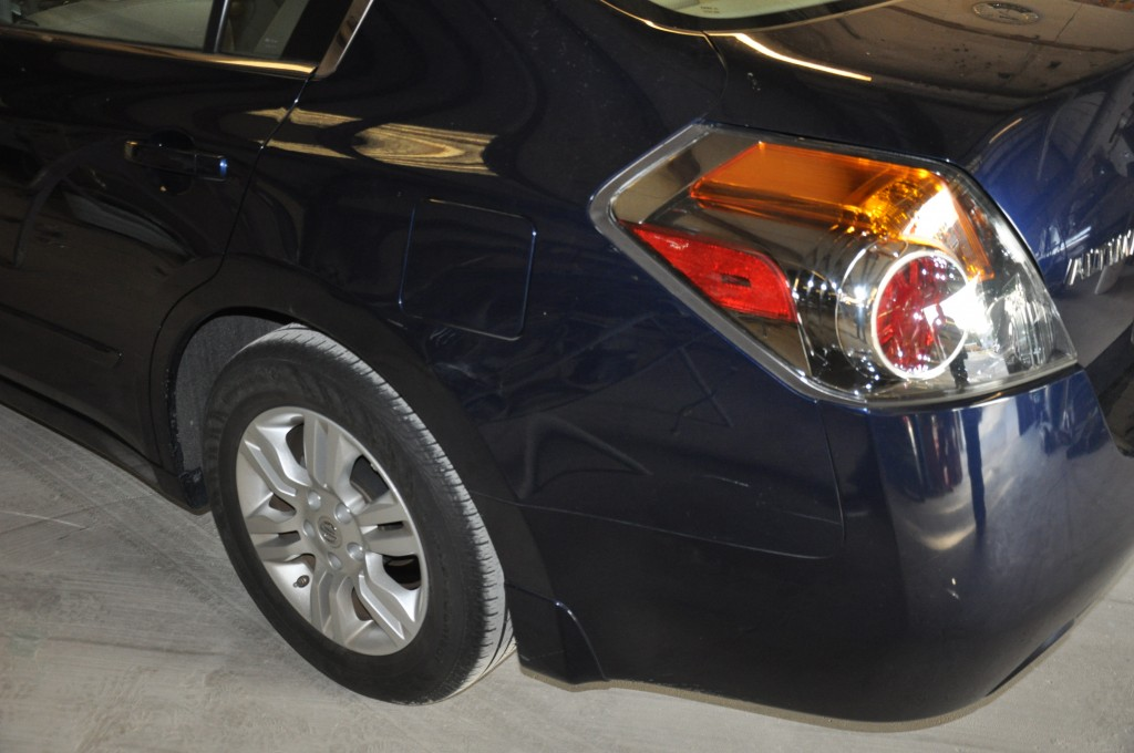 2010 Nissan Altima Hybrid quarter panel