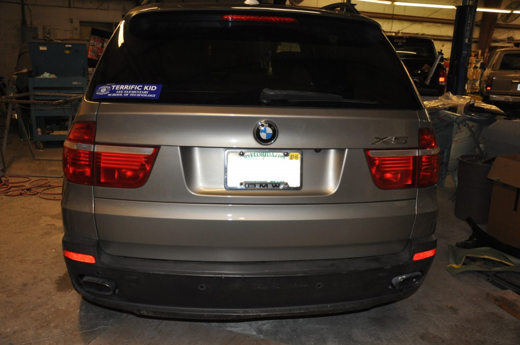 2007 BMW X5 rear tailgate repair