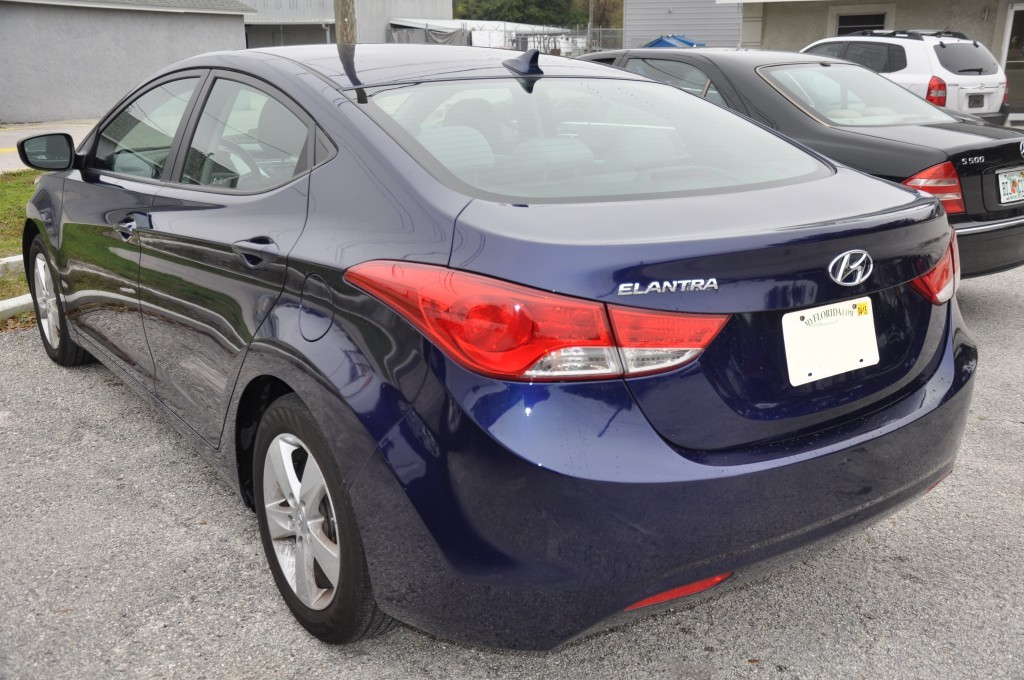 2012 Hyundai Elantra after rear bumper repalced