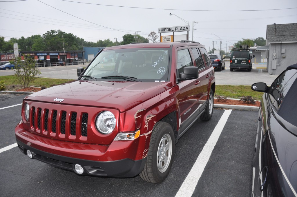2014 Jeep Patriot front left body damage