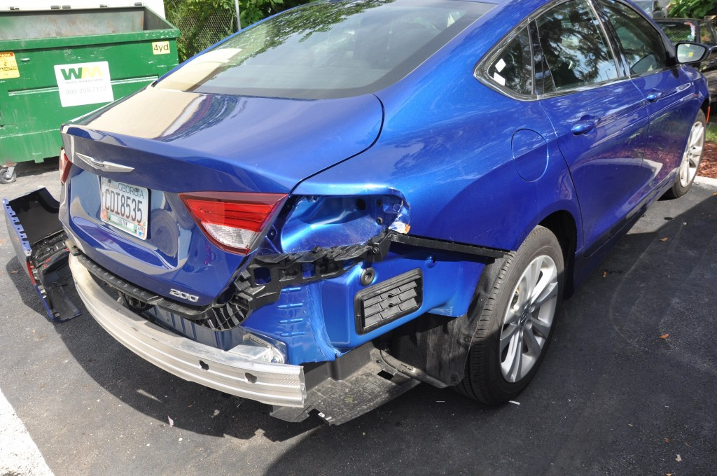 2015 Chrysler 200 rear damage