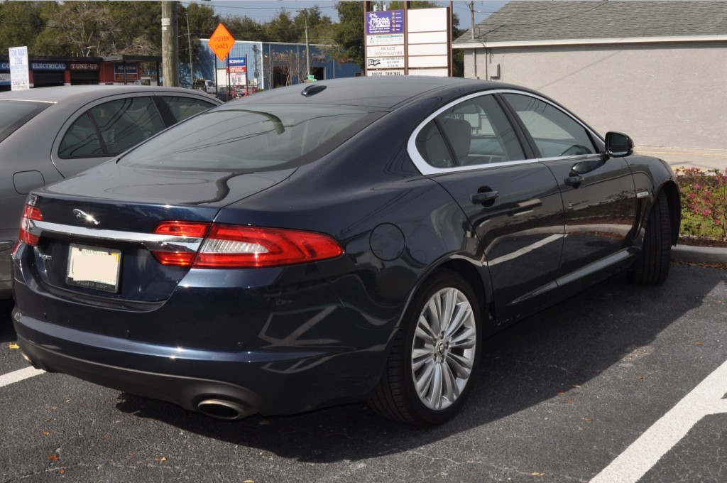 2013 Jaguar XF missing rocker