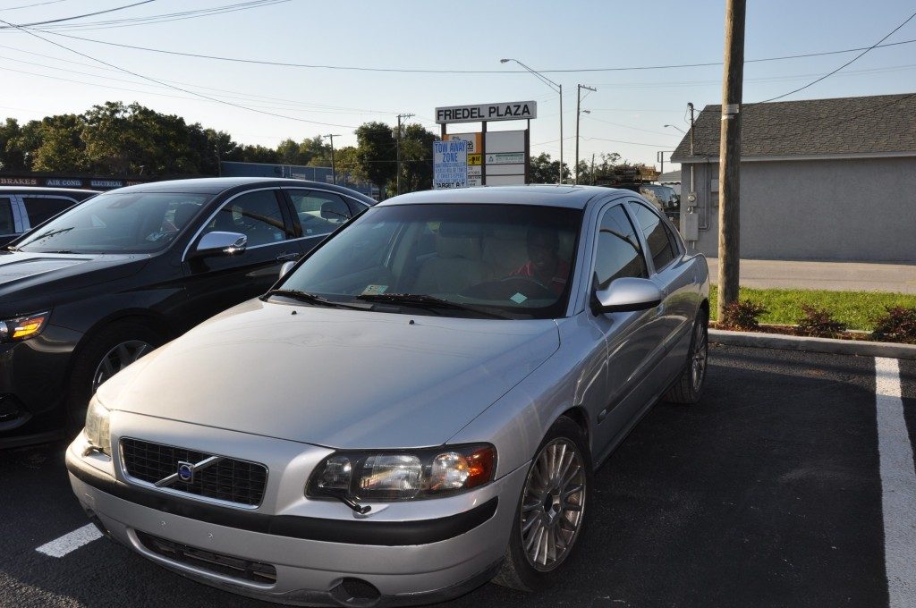 02 Volvo S60 after auto body repair