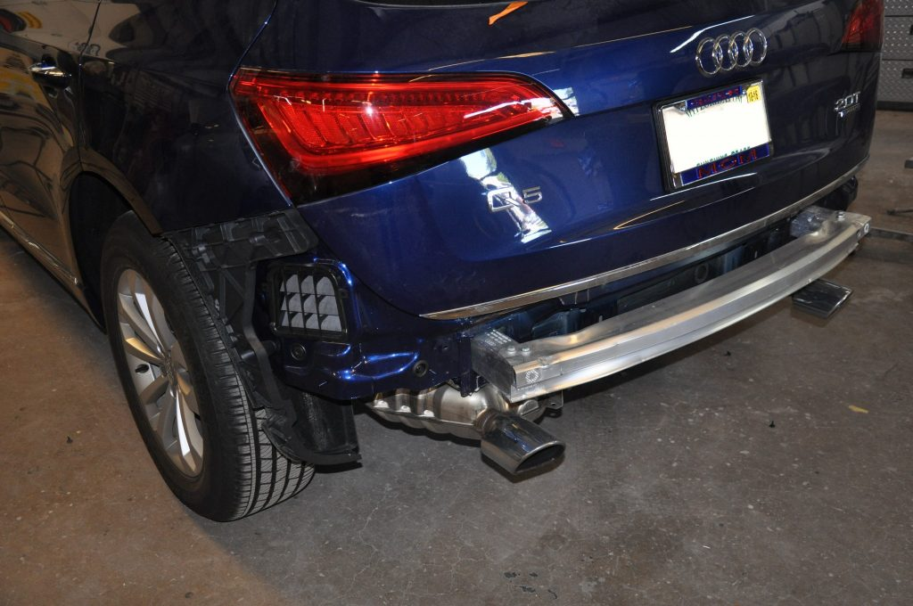 2016 Audi Q5 rear bumper replace