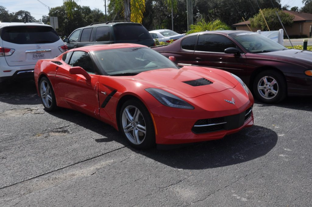 2016 Chevrolet Corvette needs a right door