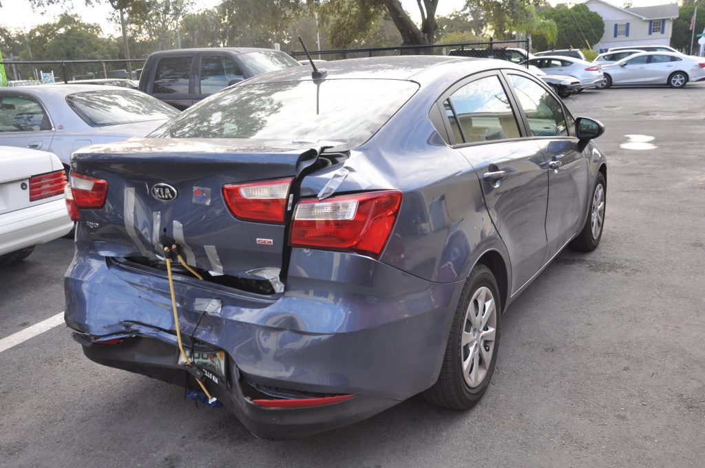 16 Kia Rio hard rear hit