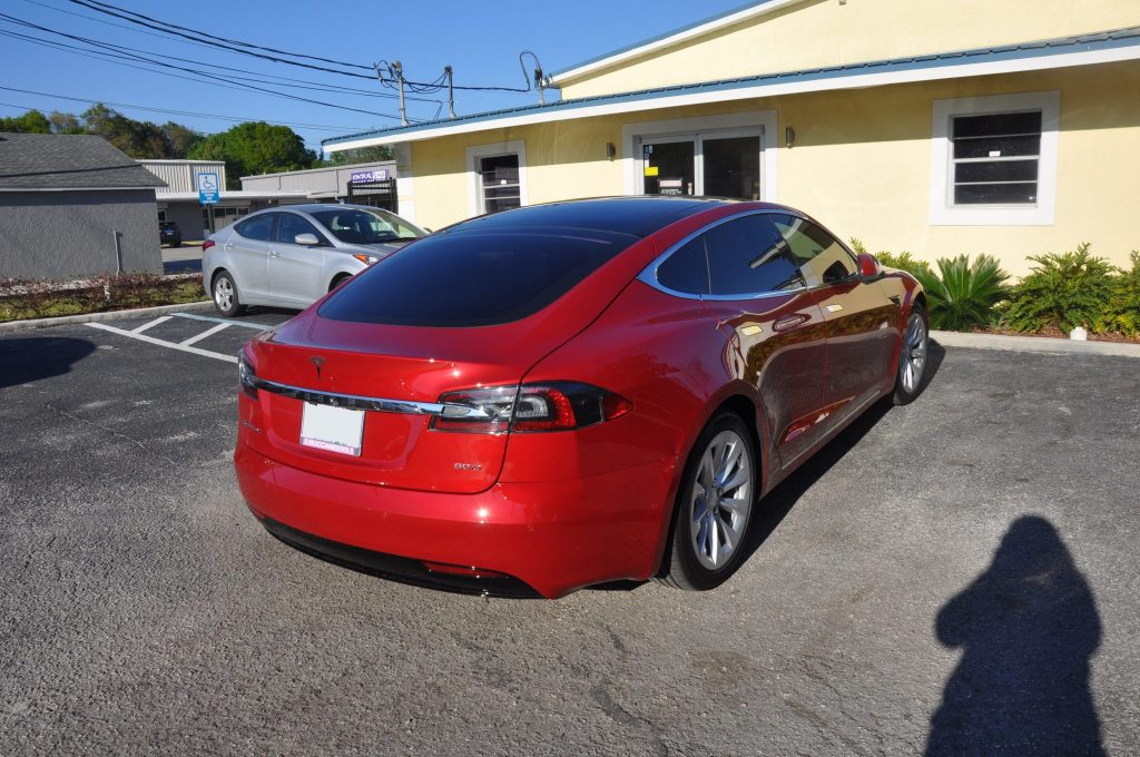 2017 Tesla Model S 60D needs a aluminum quarter panel repair