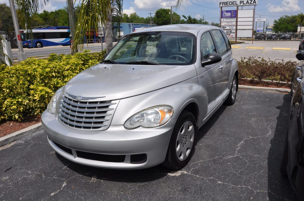 06 Chrysler PT Cruiser after a side swipe repair